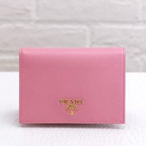 プラダ 二つ折り財布 サフィアーノピンク
