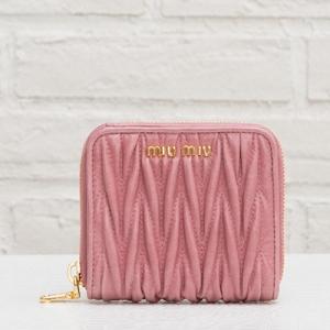 ミュウミュウ マトラッセ 二つ折り財布 ミニ ピンク
