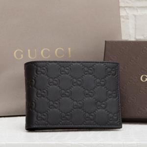 グッチ グッチシマ メンズ 二つ折り財布 ブラック 黒