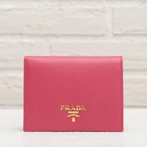 プラダ サフィアーノ 二つ折り財布 ピオニーピンク コンパクト ミニ財布