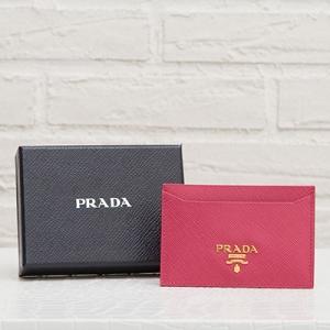プラダ サフィアーノ カードケース パスケース ピオニーピンク