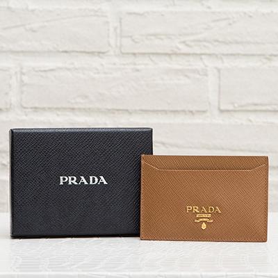 プラダ サフィアーノ カードケース パスケース キャラメルブラウン