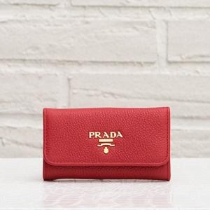 プラダ キーケース 赤 レッド レザー