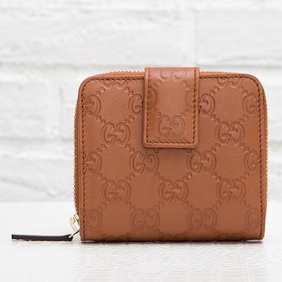 グッチ グッチッシマレザー GG柄 オリジナルGGパターン 二つ折り財布 アラウンドジップ小銭入れ ファスナー コンパクト ナチュラルブラウン 茶色
