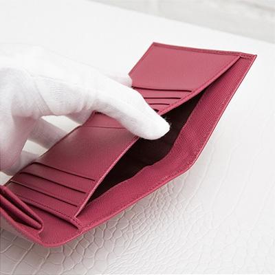 プラダ サフィアーノ 折りたたみ 三つ折り財布 コンパクト ピンク 小さめ お札入れ