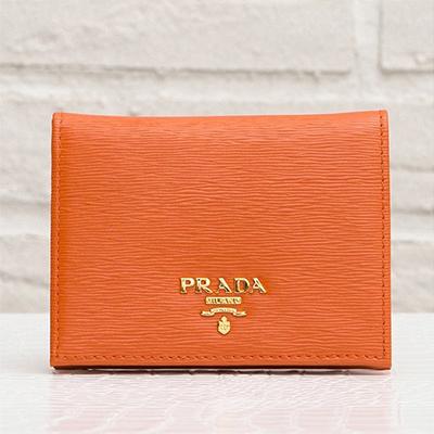 プラダ ミニ財布 オレンジ 財布 二つ折り