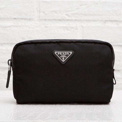 プラダ ヴェラ ナイロン化粧ポーチ コスメティックケース サニタリー ブラック 黒 定番 軽量 ファスナー 使いやすい 旅行